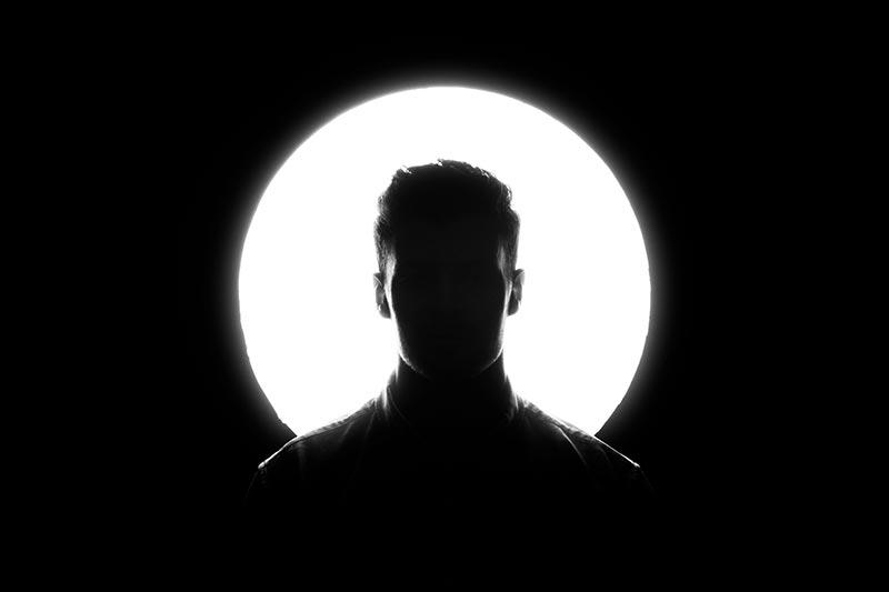 Silhouet foto van een man