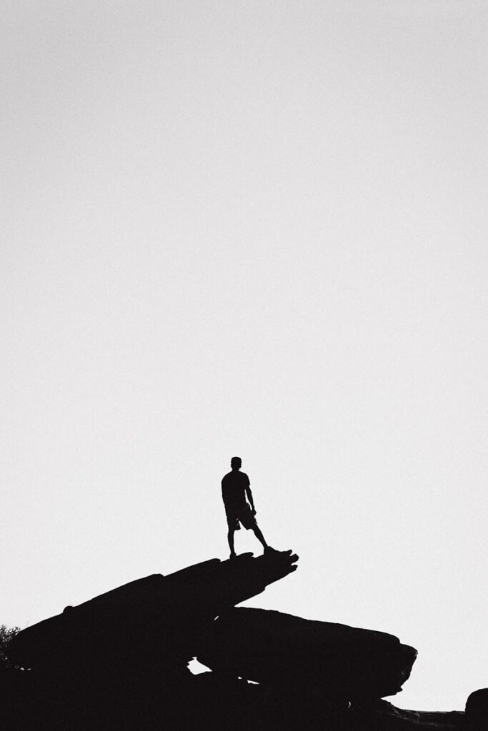 Door het hoge contrast maak je een silhouet met een surrueel effect